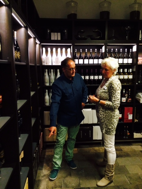 Doetinchem EspressoHouse singlescafé-wijnadvies ontvangen van Raymund vd Pavert van Pavino