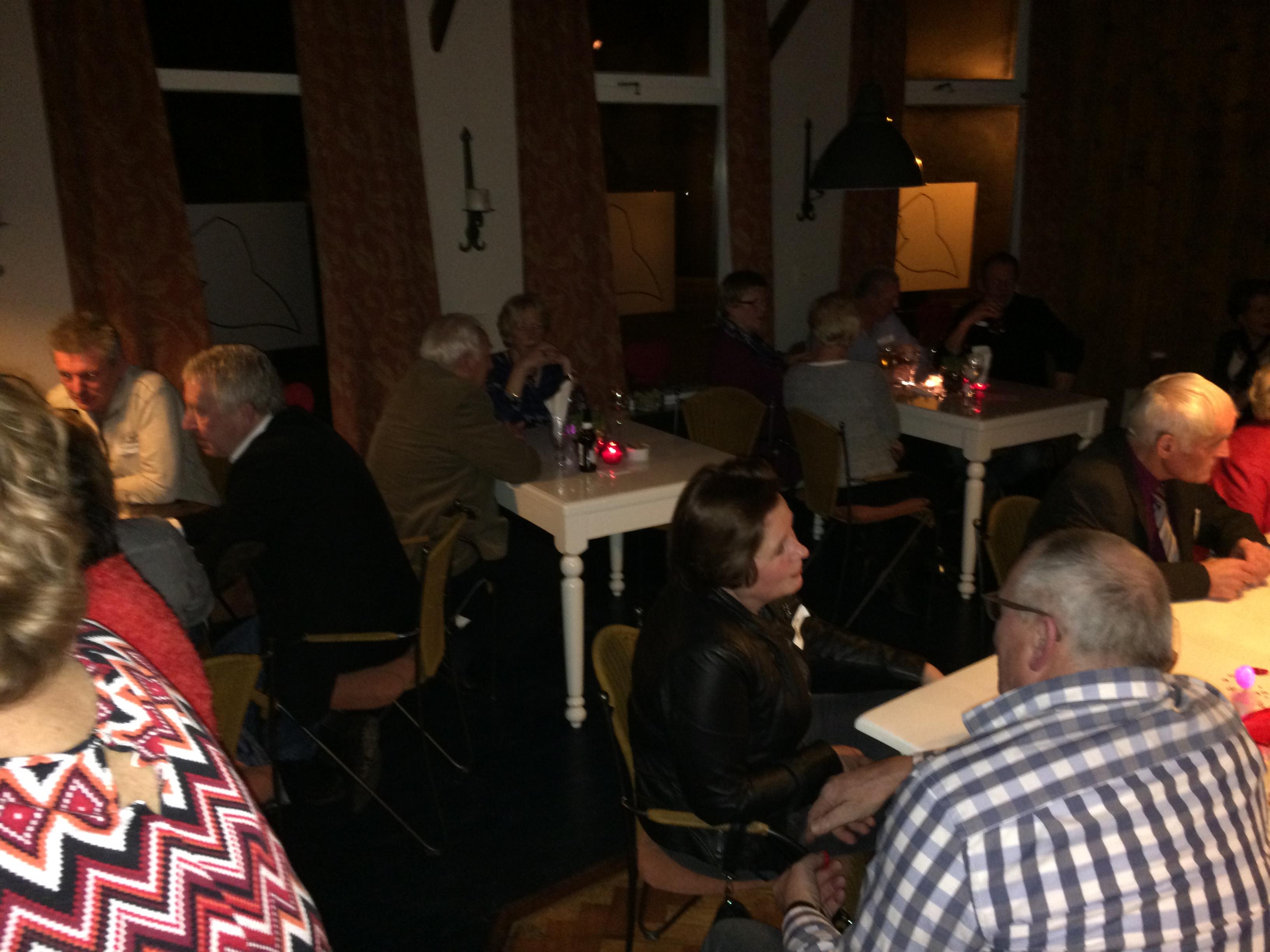 SingleCafe in de brasserie van rest.Kawop, Markt 23, Lochem. 14-2-2015 SinglesCafe (45-68jr)