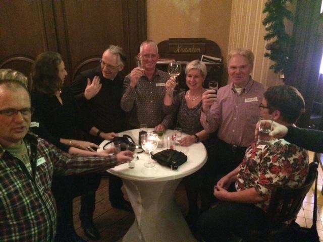 Eén en al gezelligheid tijdens het singlecafe in 't grandcafe van rest.Groeskamp Doetinchem dec.2015