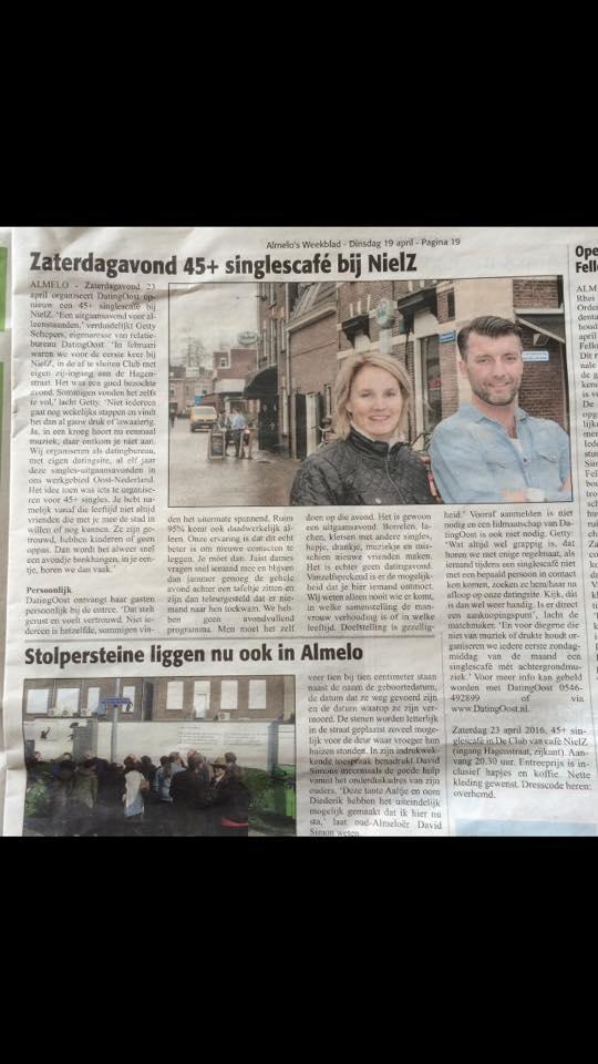 singlescafe NielZ Almelo. Uit:Almelo's Weekblad 23-4-16
