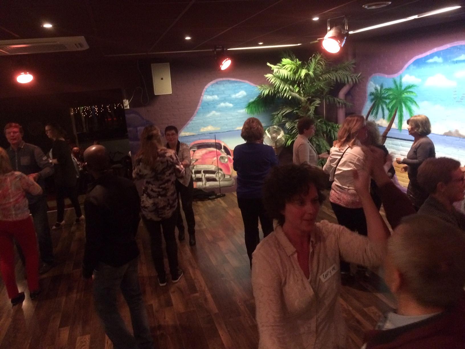 singlescafe bij danscentrum El Centro de la Salsa Hengelo (ov) incl. workshop salsadansen wat een groot succes bleek!