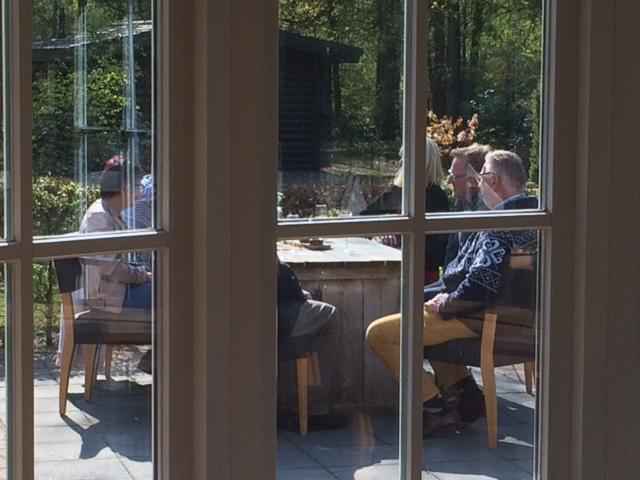 Iedere 1e zondagmiddag v.d maand 50+singlecafe in de bistro (of op het terras) van Outdoors Holten