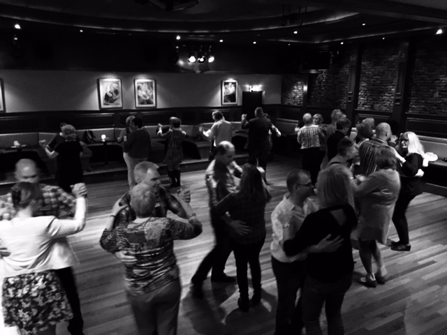 singlecafe dansworkshop Merengue en Saturday Night Fever bij Eppink Deventer mei 2017