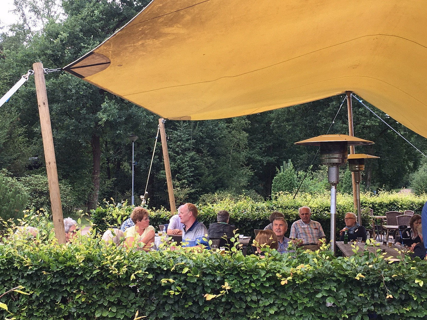 zomercafe voor 55+singles Outdoors Holten